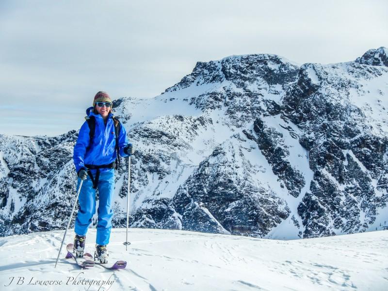 Wild Goose deluxe Tours Canadian Ski Tours